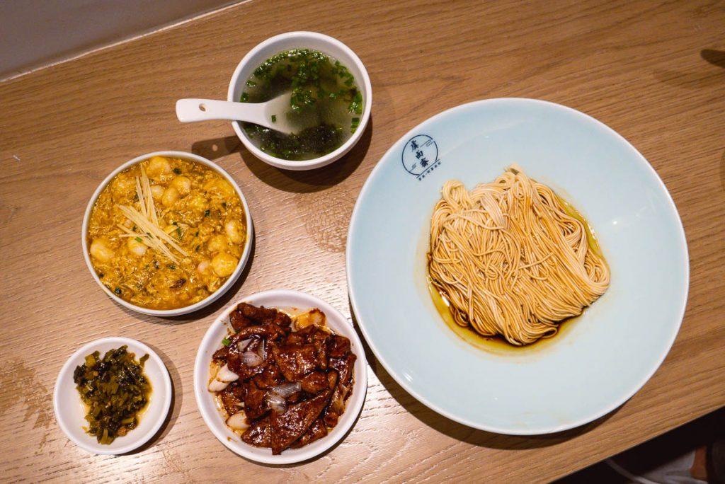 Xun Noodles, a local noodle shop in Shanghai. Photo by Rachel Gouk.