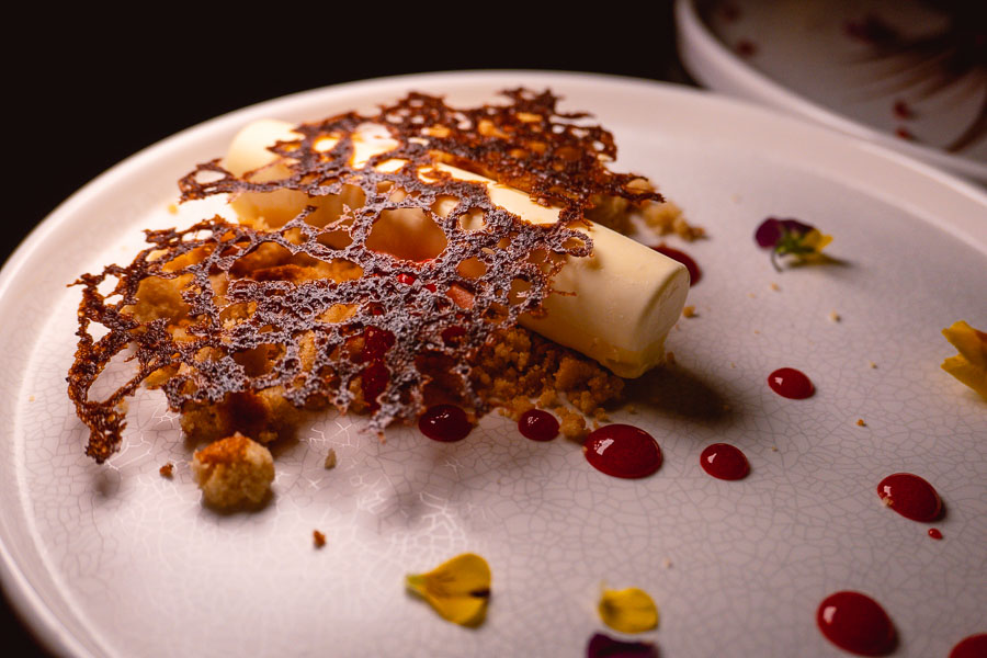 Desserts by Jason Licker at CÉ LA VI Shanghai, a restaurant, bar, and club located on the Bund. Photo by Rachel Gouk.
