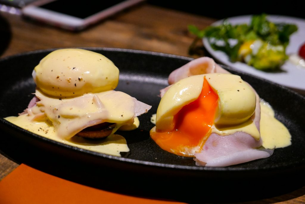 Egg Benedict at Polux by Paul Pairet, a French cafe/bistro in Xintiandi. Photo by Rachel Gouk. © Rachel Gouk
