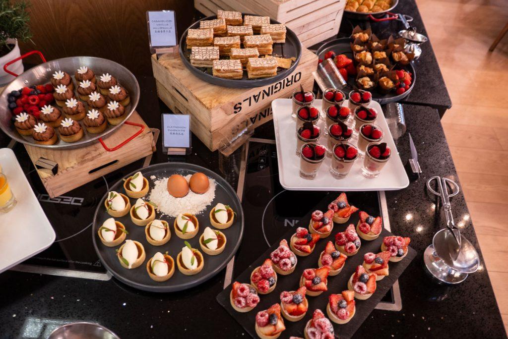 Desserts at The brunch buffet at Portman's Restaurant, Portman Ritz-Carlton Shanghai. Photo by Rachel Gouk.