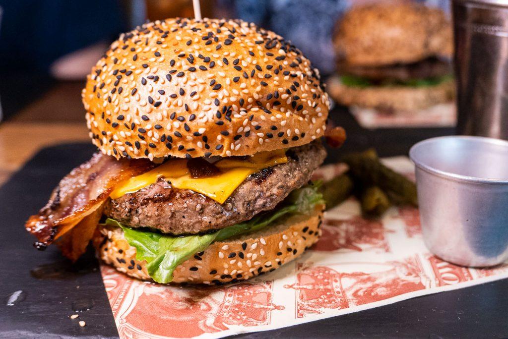 Best burger deals in Shanghai: Fat Cow