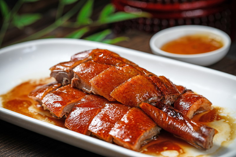 Roast Meat & Fine Food specializes in Kaiping cuisine, a restaurant in Shanghai.