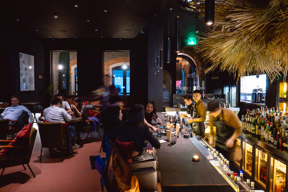 Best oyster deals in Shanghai: Charcohol, 6 oysters for ¥99 on Tuesday. Read more on Nomfluence.