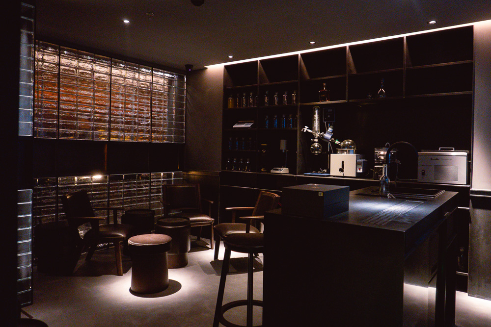 J.Boroski is a secluded cocktail bar that does high-caliber bespoke drinks in Jing'an, Shanghai. Photo by Rachel Gouk.