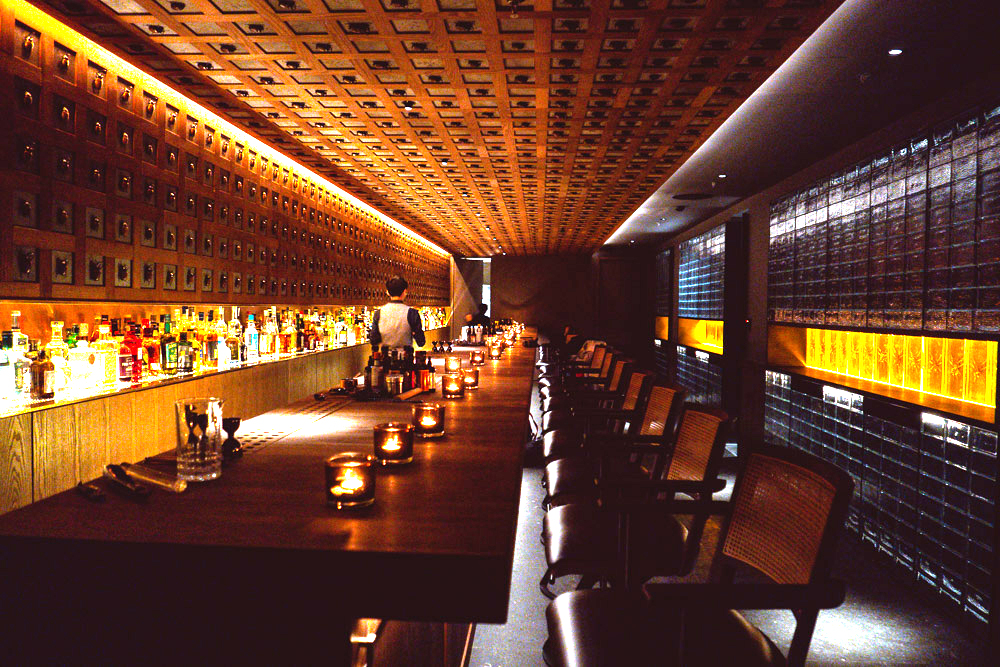 J.Boroski is an enigmatic cocktail bar in Shanghai that does high-caliber cocktails. The door is hidden and there is no cocktail menu. Photo by Rachel Gouk