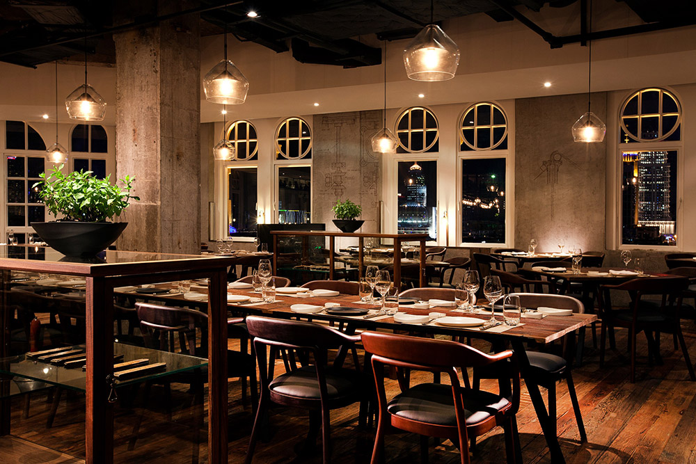 Best restaurants in Shanghai on the Bund - Contemporary Italian restaurant Mercato by Jean Georges. Photo by Rachel Gouk.