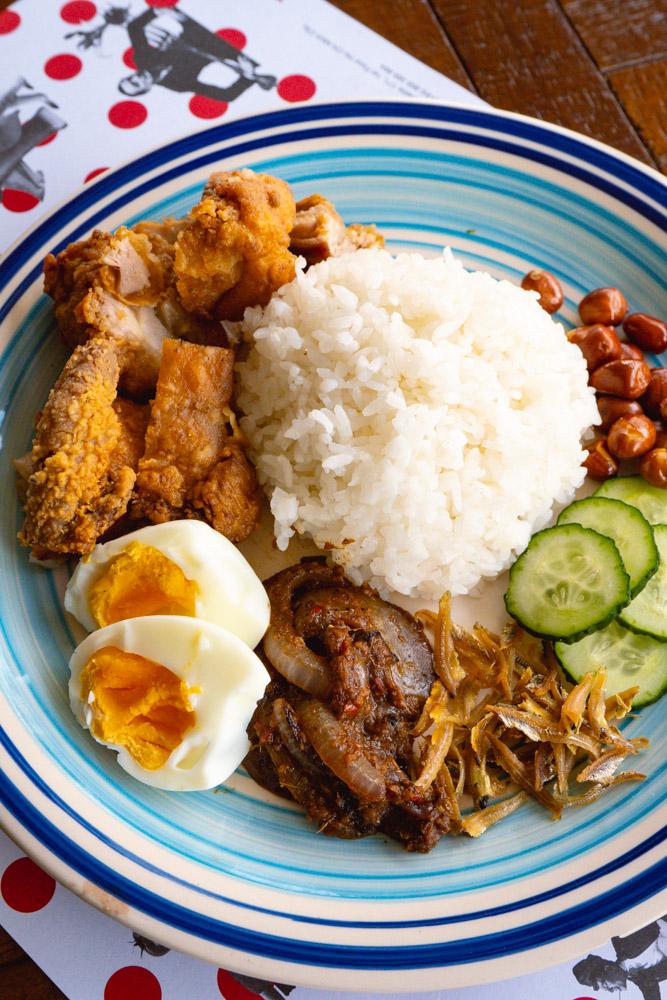 Nasi Lemak, Malaysia's National Dish. Food blogger Rachel Gouk @ Nomfluence does a Malaysian pop-up dinner at Tomatito, Shanghai.