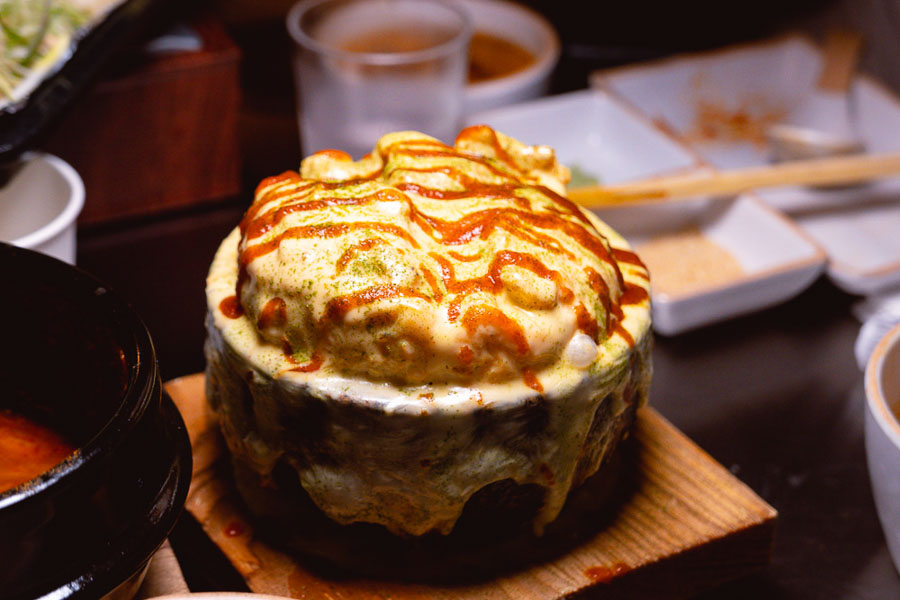 Volcano Cheese Egg at Botong Sikdang (JIng'an), a Korean restaurant in Shanghai that specializes in grilled pork and banchan. Photo by Rachel Gouk @ Nomfluence.