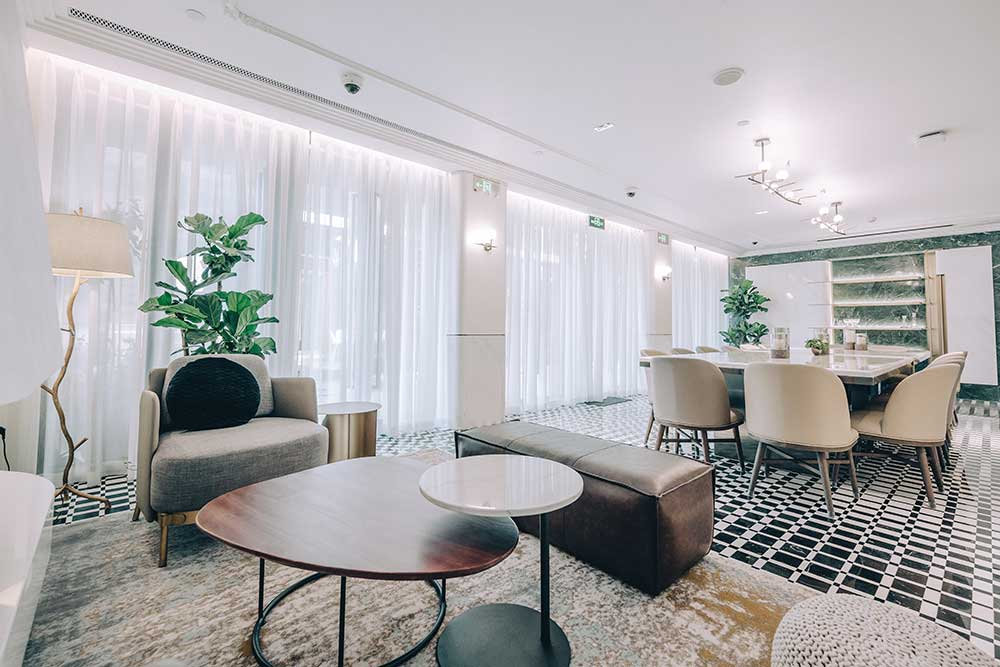 Vesta Blackstone Garden is an all-day brasserie in Shanghai, located in the historic Blackstone Apartments complex.