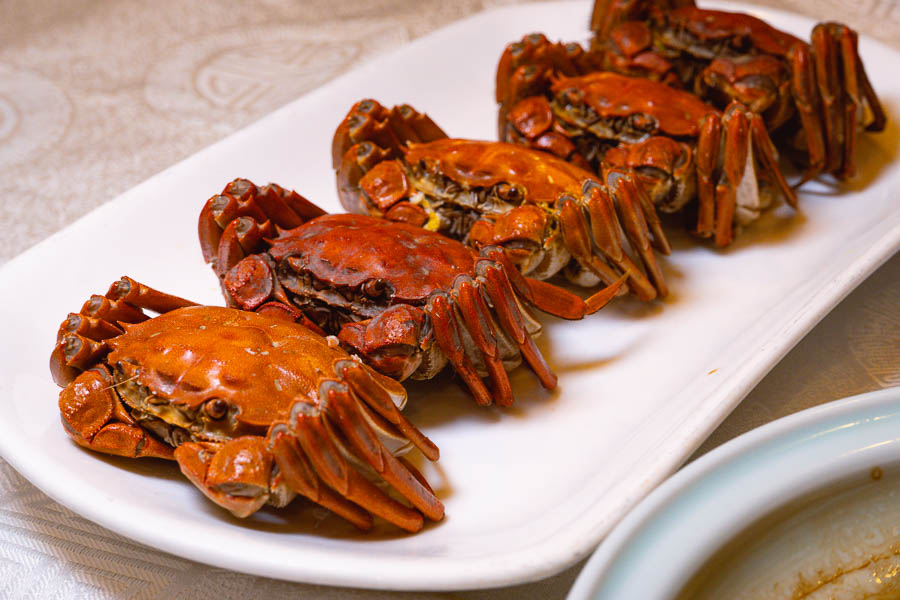 Where to eat hairy crab in Shanghai. Photo by Rachel Gouk @ Nomfluence.