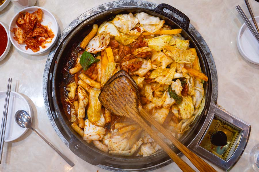 Where to eat in Shanghai's Koreatown. Photo by Rachel Gouk @ Nomfluence.