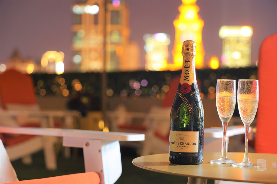Terrace 8 at the Portman Ritz-Carlton has the best free-flow champagne deal in Shanghai. Photo by Rachel Gouk @ Nomfluence.