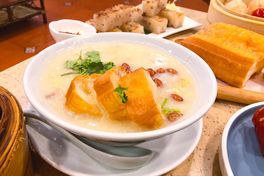Congee. Where to eat cheap dim sum in Shanghai: Dian Du De 点都德, a dim sum chain in Shanghai. Photo by Rachel Gouk @ Nomfluence.