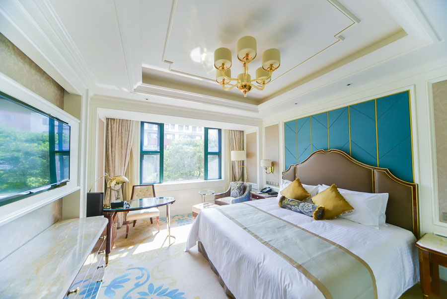 Rooms at Xijiao State Guest Hotel, Shanghai. @ Nomfluence.