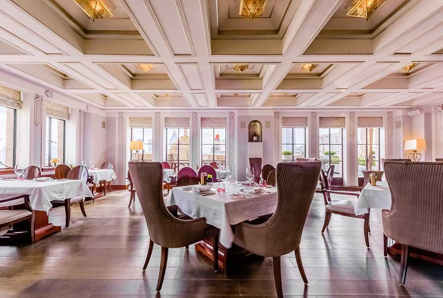 Sunday Brunch in Shanghai: The Cathay Room, Peace Hotel.