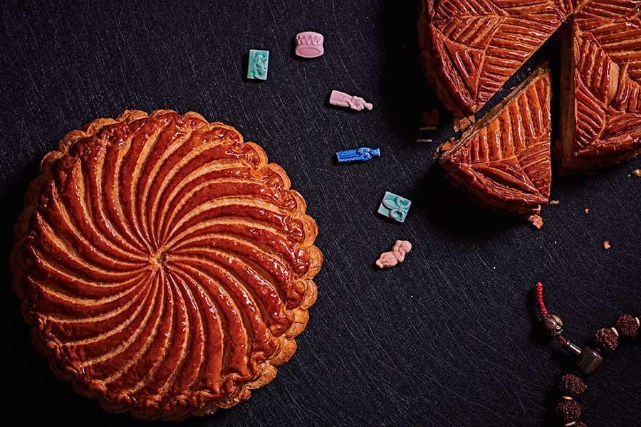 Where to buy galette de rois, king cake in Shanghai. La Parisienne bakery.