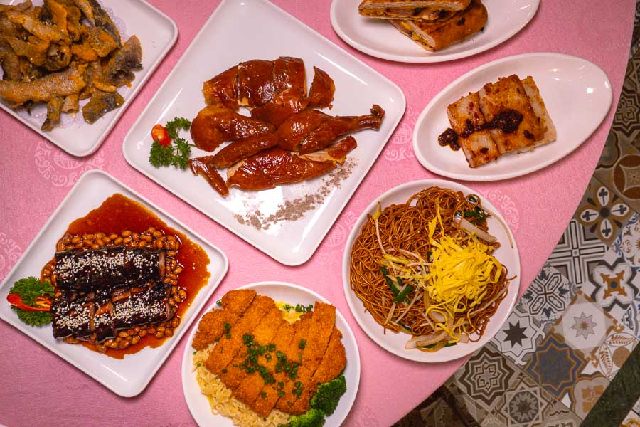 Dim sum and Cantonese barbecue at Lucky You, Cantonese diner in Shanghai. Photo by Rachel Gouk @ Nomfluence.