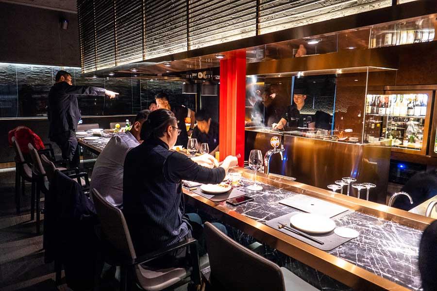 High Yaki Japanese restaurant for yakiniku. Best new restaurants and bars in Shanghai from 2020. Photo by Rachel Gouk @ Nomfluence.