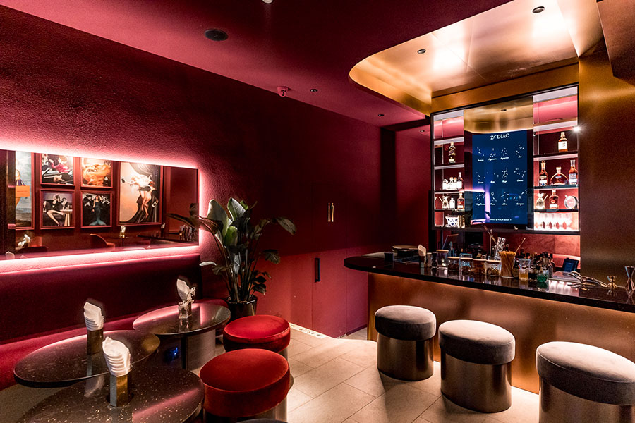 Zodiac is the latest cocktail lounge in Shanghai from Geo Valdivieso. Cocktails based on star signs, and an interactive DIY station. @ Nomfluence