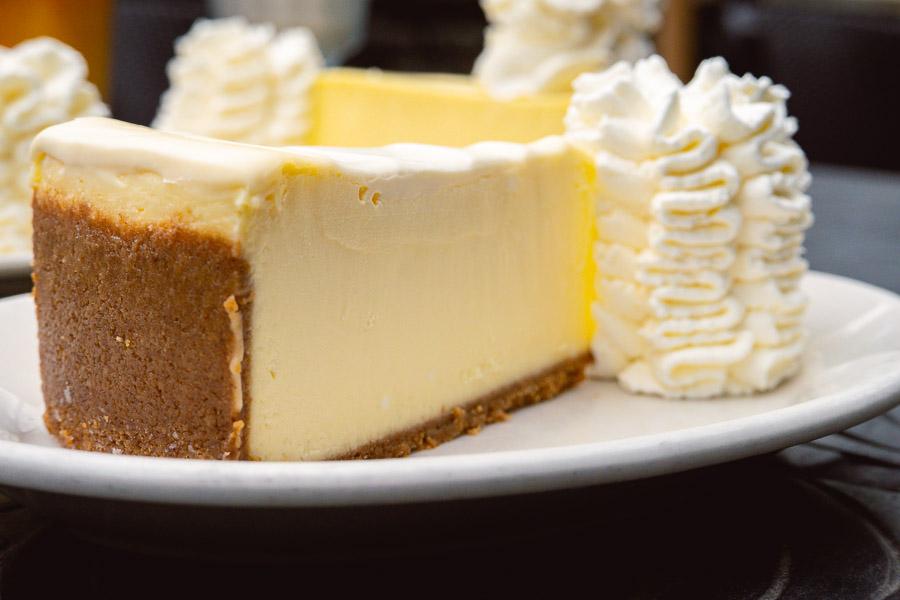 Original Cheesecake at The Cheesecake Factory, Shanghai, HKRI Taikoo Hui. Photo by Rachel Gouk @ Nomfluence.