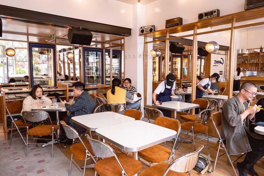 Crave, a cafe, bakery and wine bar in Shanghai. Photo by Rachel Gouk @ Nomfluence.