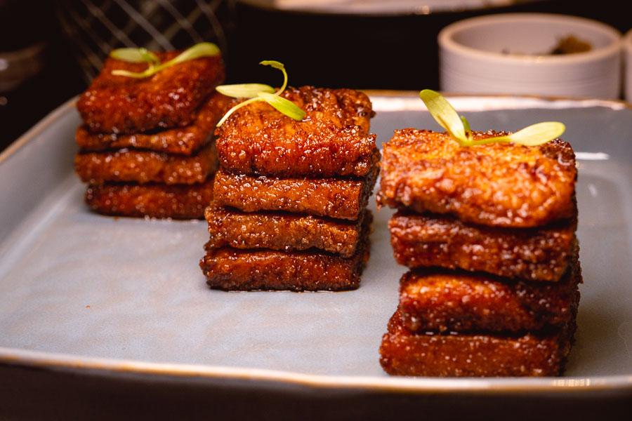 Crispy pork cheek. The Dining Room (Yue Xuan 悦轩), modern Chinese restaurant serving Jiangnan cuisine at the Park Hyatt Shanghai. Photo by Rachel Gouk @ Nomfluence.