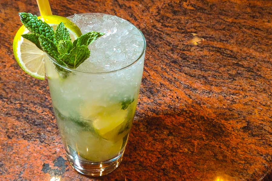 Low-calorie Mojito at Morton's Grille Changning in Shanghai. Photo by Rachel Gouk @ Nomfluence.