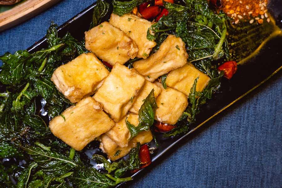 Baojiang tofu at Ronglek, a cheap Yunnan restaurant in Shanghai. Photo by Rachel Gouk @ Nomfluence.
