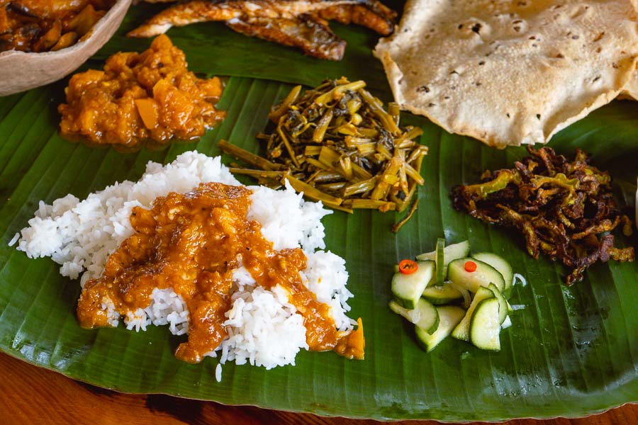 Banana Leaf Rice, a Malaysian dish and staple at any Indian restaurant. Food blogger and Malaysian native Rachel Gouk does a pop-up in Shanghai, serving this classic meal. Photo by Rachel Gouk @ Nomfluence.