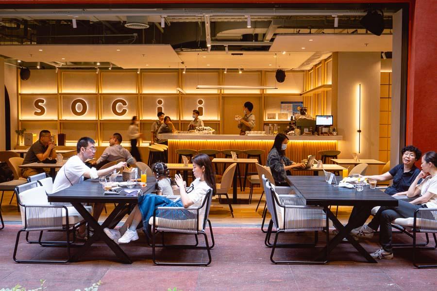 Socii. Restaurants, bars and cafes at The Roof, Xintiandi, Shanghai. Photo by Rachel Gouk @ Nomfluence.