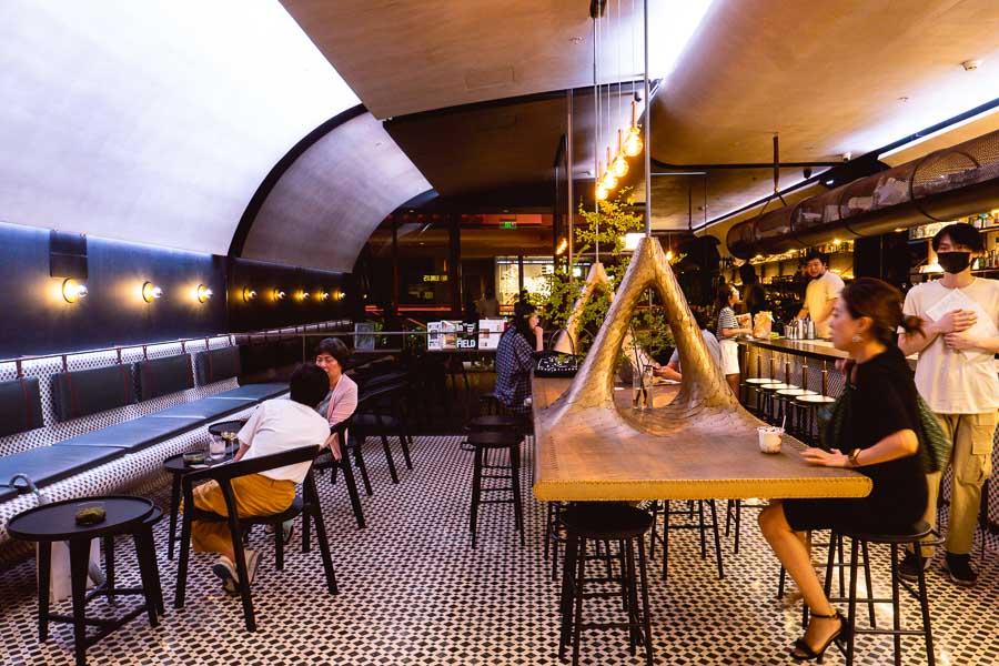 Ad Hoc cafe. Restaurants, bars and cafes at The Roof, Xintiandi, Shanghai. Photo by Rachel Gouk @ Nomfluence.
