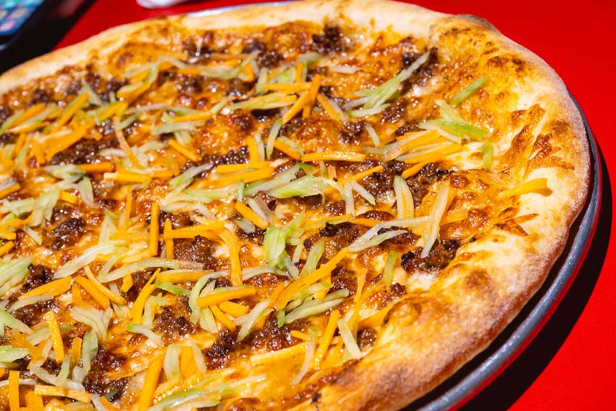Homeslice Shanghai launches three new pizzas for the summer 2021 menu. Plus: Nomfluence's pork satay pizza raised ¥19,000 for charity!