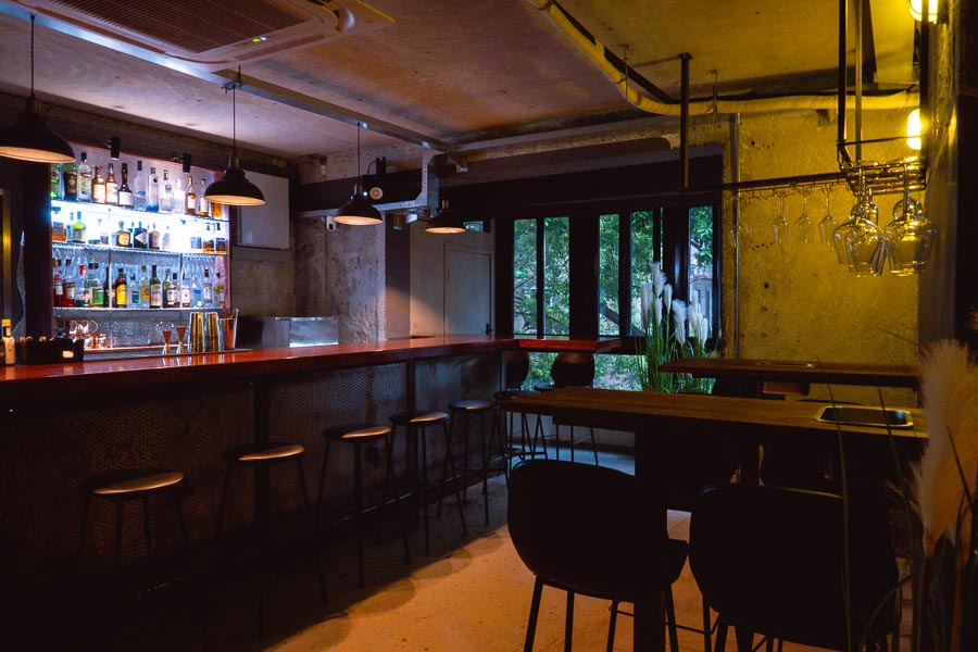 ROZO is a casual wine bar and restaurant in Jing'an, Shanghai. Photo by Rachel Gouk @ Nomfluence.
