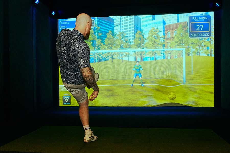 Lounge by Topgolf is a sports entertainment destination in Shanghai that has mini golf and digitized games, and a restaurant and bar.